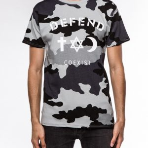 co_tee_camoblk_front